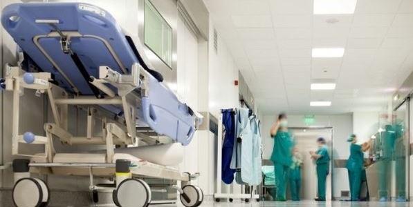 I medici ospedalieri in sciopero, rischio blocco per le sale operatorie