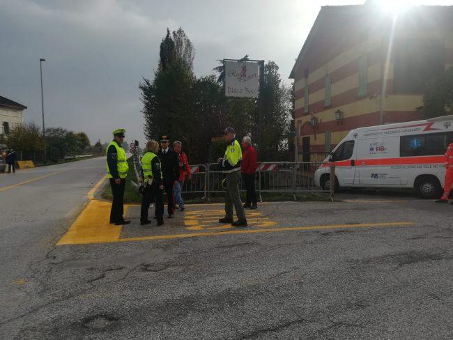 Strada bloccata per pochi minuti, bomba rimossa