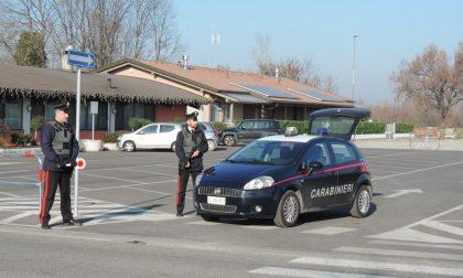 Guida ubriaco e aggredisce i carabinieri: arresto a Orzinuovi