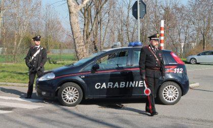 Rubano una borsa da un'auto: arrestati due ventenni a Manerbio