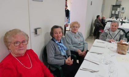Gioia natalizia: a Verolanuova il pranzo con gli anziani