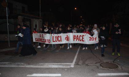 Luci di pace tra le vie di Castrezzato