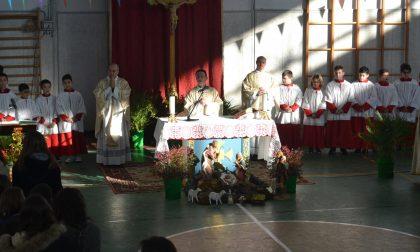 Poncarale si riunisce per salutare don Francesco