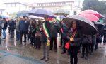 Dieci colpi di sirena per omaggiare le vittime a Palazzolo
