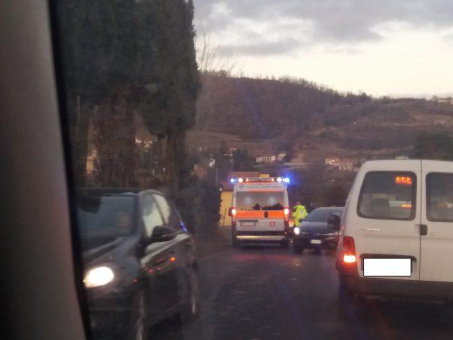 Incidente fra auto e scooter a Capriolo