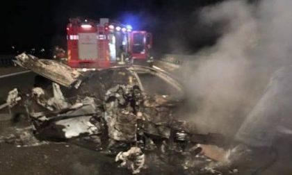 Dopo lo scontro, i veicoli prendono fuoco GALLERY