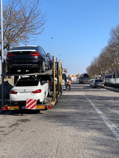 Ancora camion in zona industriale