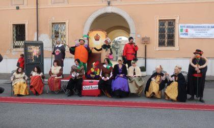 A Manerbio grande sfilata in occasione del Carnevale FOTO