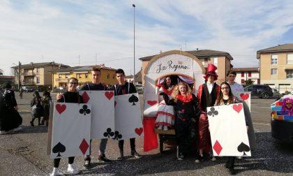 Carri allegorici e gruppi mascherati al Carnevale di Palazzolo