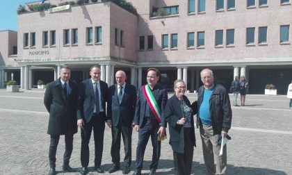 La piazza dedicata al senatore Mario Pedini
