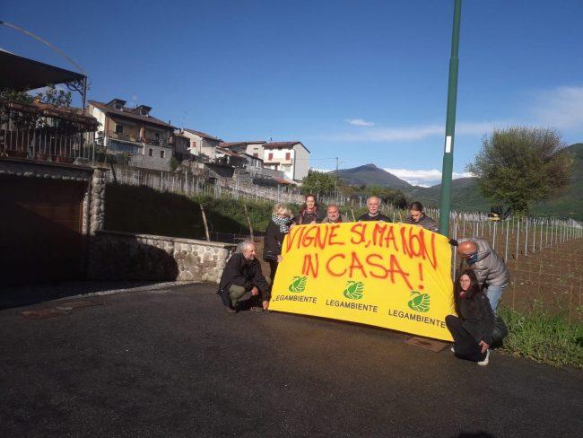 Calendario Dei Trattamenti Della Vite 2019.Flash Mob Di Legambiente A Cremignane Troppi Vigneti