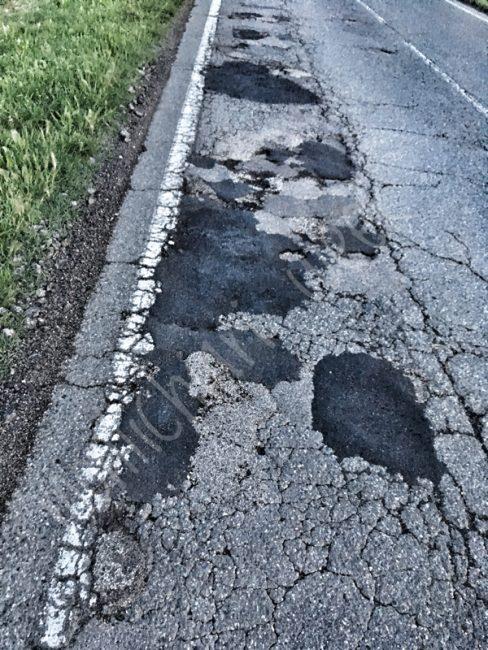 Ancora buche sulla Sp 10 di Castiglione, smette più pericolosa la strada che collega con il comune di Medole dove le buche sono ormai molte