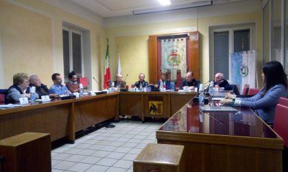 Ultimo Consiglio comunale a Urago per il sindaco Podavitte