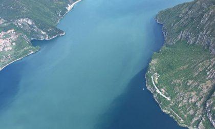 Macchia nel lago d'Iseo: situazione sotto controllo