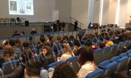 I Carabinieri a scuola per parlare della Costituzione