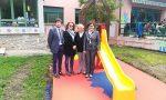 Il giardino dell'asilo Ferrari rifiorisce grazie a un dono generoso