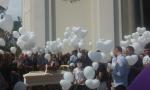 Muore sul lavoro a Capriolo: chiesa gremita per l'addio a Oscar