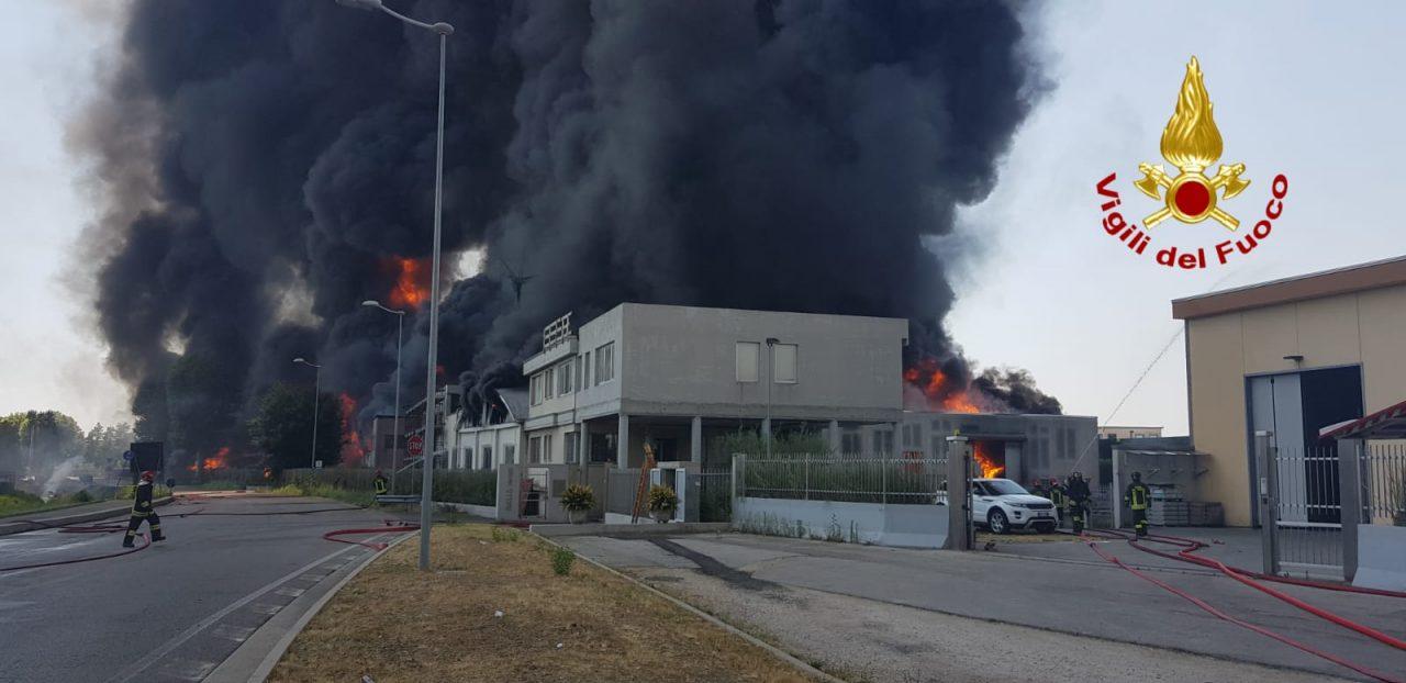 azienda di vernici a fuoco