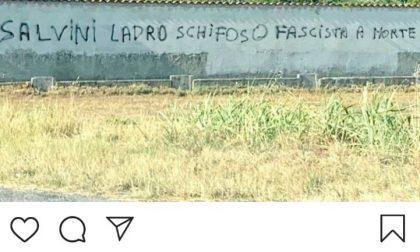 Offese e ingiurie contro Salvini a Rovato, ma lui ad Adro ci ride sopra
