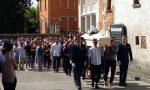 L'ultimo, commovente saluto al giovane Riccardo Moretti a Faverzano