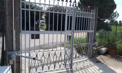Rissa fra i nomadi di Roncadelle, sfondato un cancello