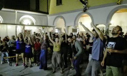 """Una serata di festa per """"Io accolgo"""": tante le associazioni presenti"""