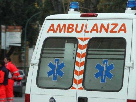 Si ribalta con l'auto, paura per una 23enne a Leno - Brescia Settegiorni - Brescia Settegiorni