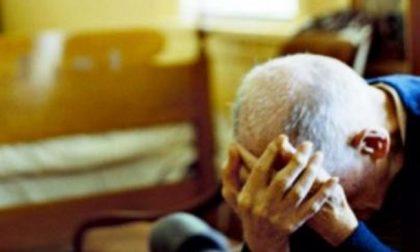 Maltrattato da moglie e figlia: finisce un incubo lungo trent'anni