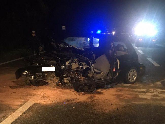 Tragico incidente in auto: muore un 83enne
