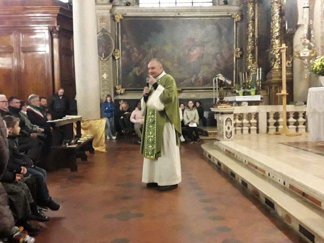 Borgo San Giacomo saluta don Renato Baldussi