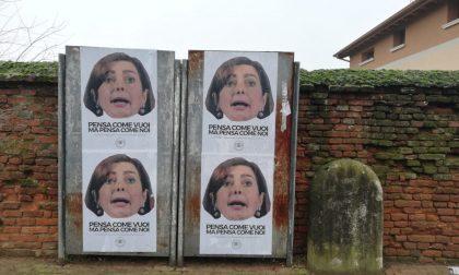 Immigrazione: manifesti contro la Boldrini