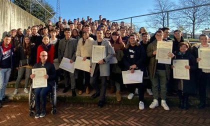 Consegnati diplomi, borse di studio e riconoscimenti all'Einaudi