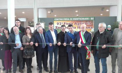 Taglio del nastro alla novantaduesima Fiera Agricola Zootecnica Italiana di Montichiari VIDEO