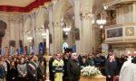 Una folla commossa per l'ultimo saluto all'ex sindaco Andrea Soregaroli