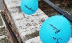 Gambara palloncini con messaggi di speranza