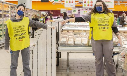 Mantenere la distanza al supermercato: l'iniziativa di Coop