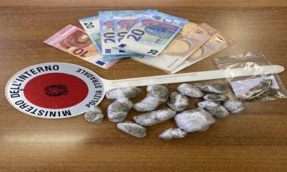 Arrestati due giovani per possesso e spaccio di stupefacenti