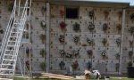 Furto e vilipendio al cimitero, via i gioielli dalla tomba: arriva la scientifica
