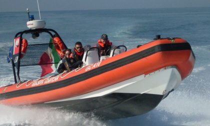La Guardia Costiera salva sette persone a San Felice del Benaco