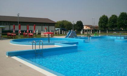 I ghedesi non si arrendono alla chiusura della piscina