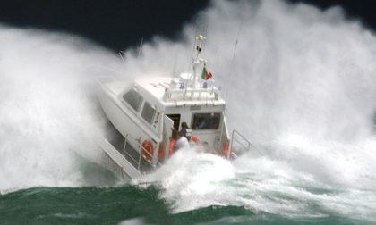 Guardia Costiera interviene sul Garda causa violenti fenomeni temporaleschi