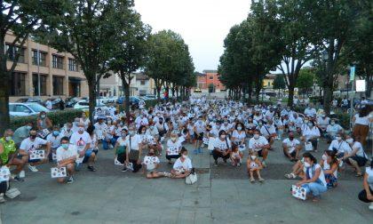 «No al bitumificio»: l'onda bianca di Montirone è arrivata a Ghedi FOTO