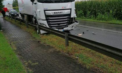 Codice rosso a Urago d'Oglio: coinvolti due camion