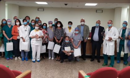 """Dalla Bugatti bottiglie """"solidali"""" per medici e infermieri dell'ospedale di Manerbio"""