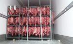 Carne in viaggio sotto il sole e non refrigerata, scatta la maxi multa