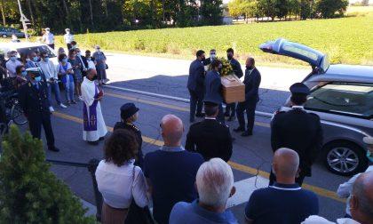 L'ultimo saluto al sindaco di Gambara Franco Stringhini