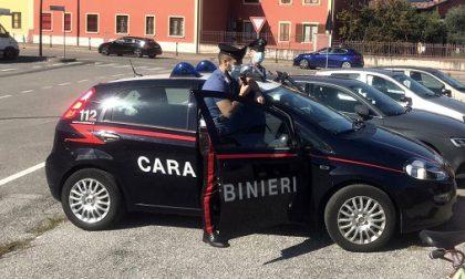 Aveva rapinato una sala scommesse e poi tentato in un bar: fermato dai carabinieri