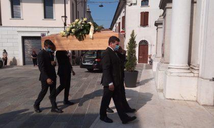 Addio commosso per il 25enne Samuele Treccani