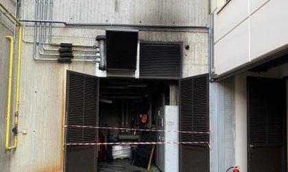 Generatore in fiamme alle piscine di Palazzolo sull'Oglio