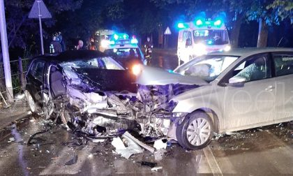 Ubriaco al volante, causa un frontale: arrestato un 24enne